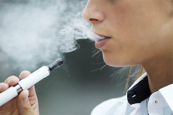 今日看点:传罗永浩将再创业 亲自下海做电子烟……