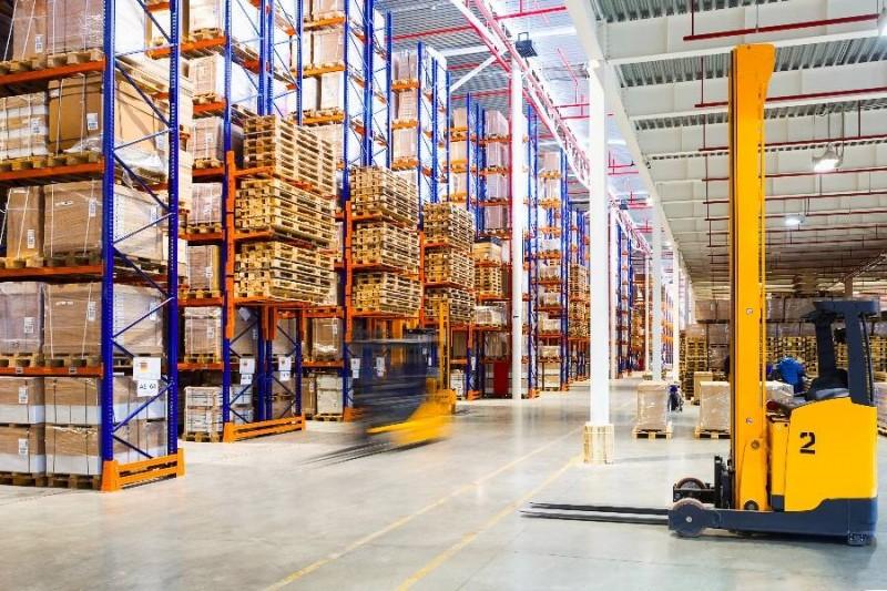 【物流资讯】仓储物流:抢占物流产业风口,设备全面智能化升级